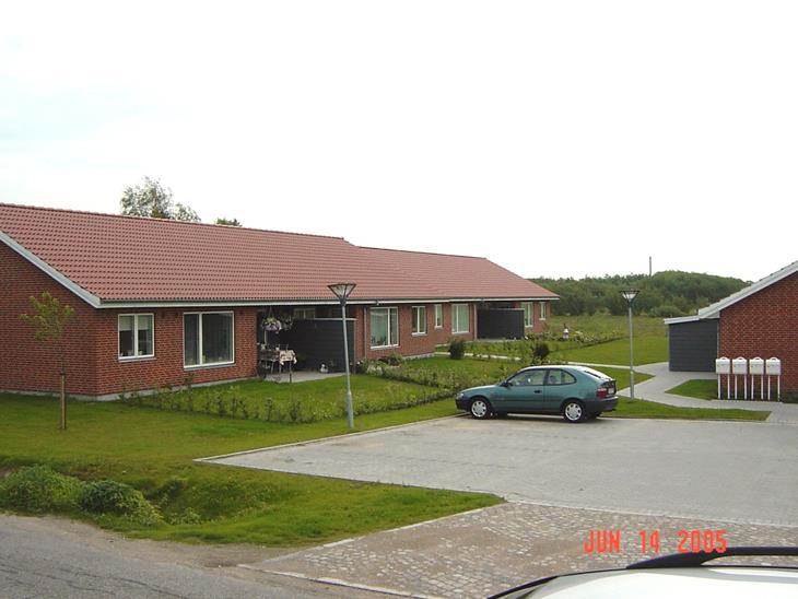 9f5fc943 I landlige omgivelser i det hyggelige Skads finder du disse ni attraktive  rækkehuse, hvor der er kræset for detaljerne.